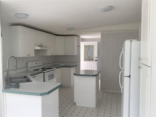 Photo 7: Photos: 2404 N VERNON Road in Quesnel: Bouchie Lake Manufactured Home for sale (Quesnel (Zone 28))  : MLS®# R2492081