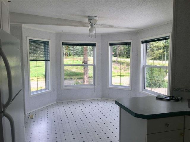 Photo 6: Photos: 2404 N VERNON Road in Quesnel: Bouchie Lake Manufactured Home for sale (Quesnel (Zone 28))  : MLS®# R2492081