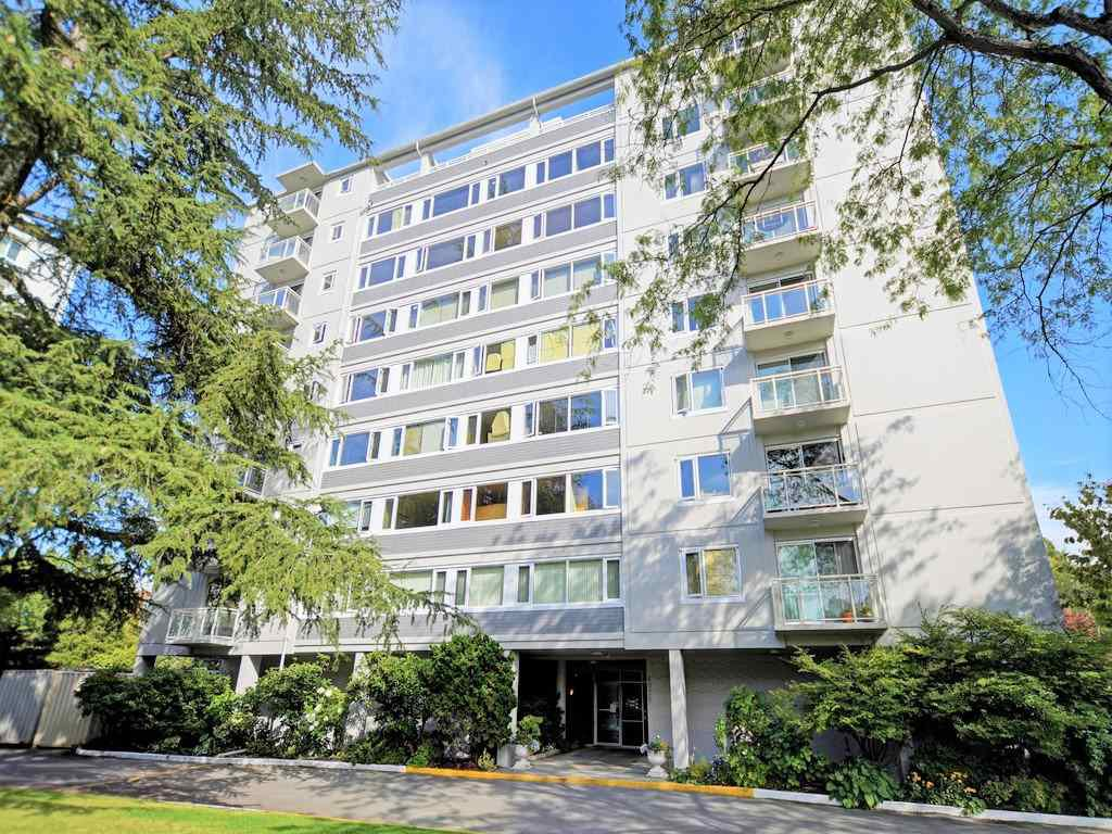 """Main Photo: 406 6076 TISDALL Street in Vancouver: Oakridge VW Condo for sale in """"THE MANSION HOUSE ESTATES LTD"""" (Vancouver West)  : MLS®# R2409487"""