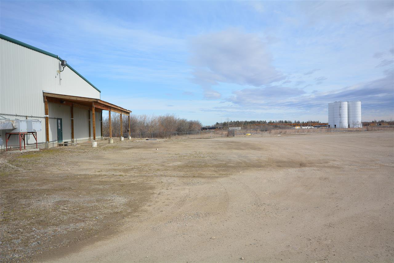Photo 4: Photos: 6708 87A Avenue in Fort St. John: Fort St. John - City SE Industrial for sale (Fort St. John (Zone 60))  : MLS®# C8027312