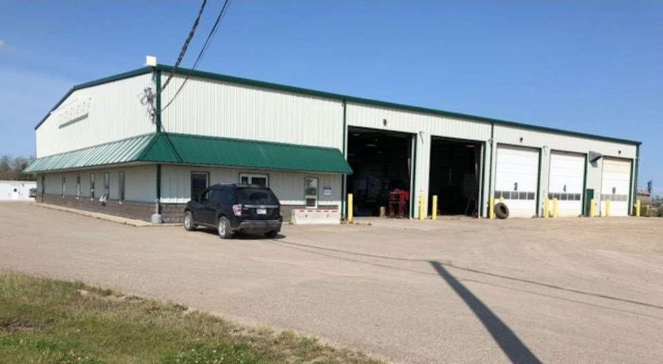 Main Photo: 6708 87A Avenue in Fort St. John: Fort St. John - City SE Industrial for sale (Fort St. John (Zone 60))  : MLS®# C8027312