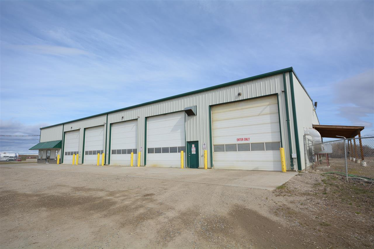 Photo 2: Photos: 6708 87A Avenue in Fort St. John: Fort St. John - City SE Industrial for sale (Fort St. John (Zone 60))  : MLS®# C8027312