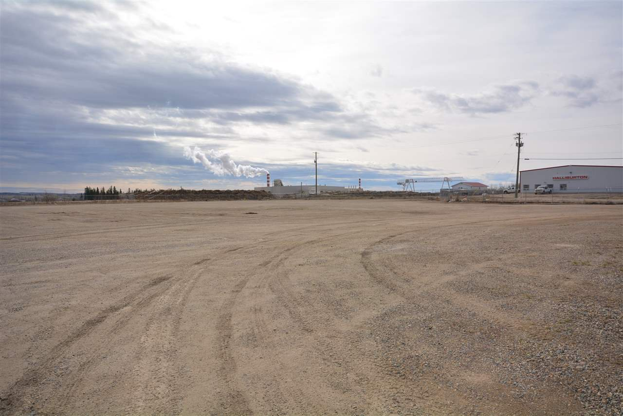 Photo 5: Photos: 6708 87A Avenue in Fort St. John: Fort St. John - City SE Industrial for sale (Fort St. John (Zone 60))  : MLS®# C8027312