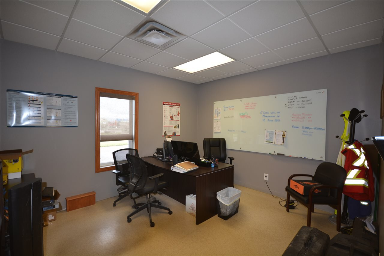Photo 15: Photos: 6708 87A Avenue in Fort St. John: Fort St. John - City SE Industrial for sale (Fort St. John (Zone 60))  : MLS®# C8027312
