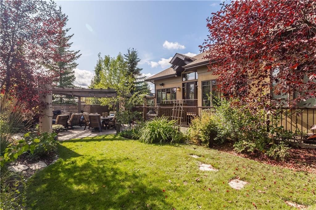 Photo 8: Photos: 85 Aspen Ridge Way SW in Calgary: Aspen Woods Detached for sale : MLS®# C4290867