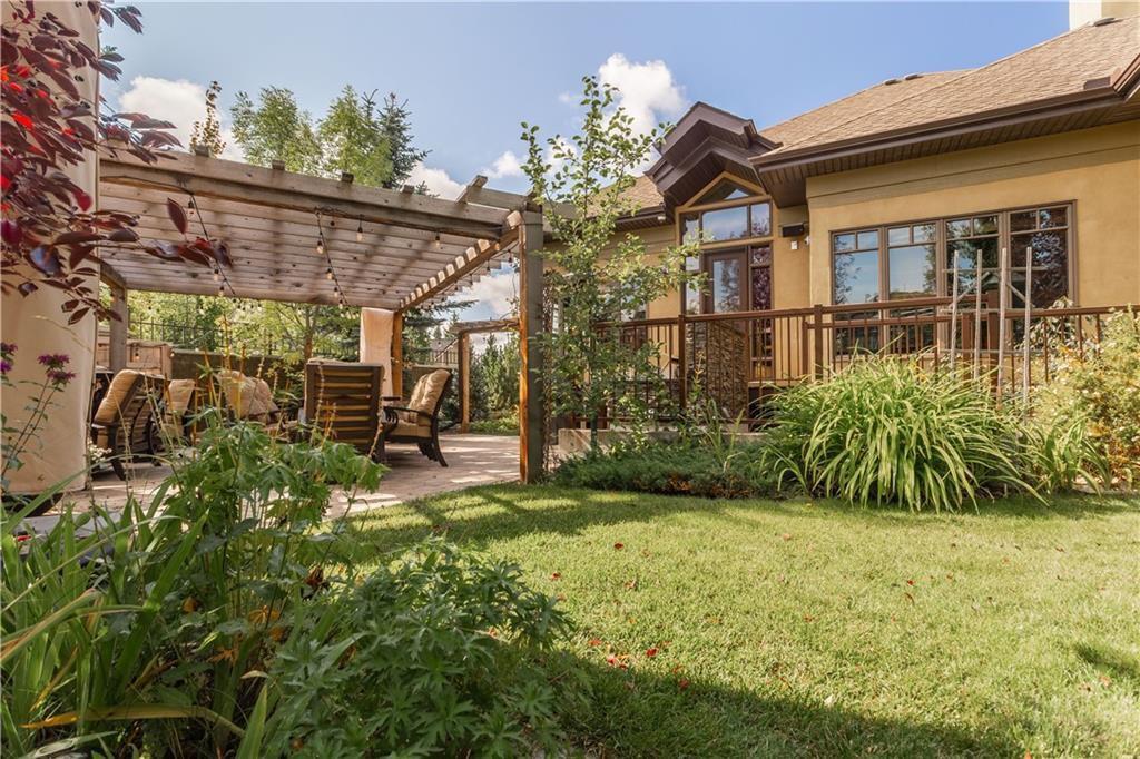 Photo 3: Photos: 85 Aspen Ridge Way SW in Calgary: Aspen Woods Detached for sale : MLS®# C4290867