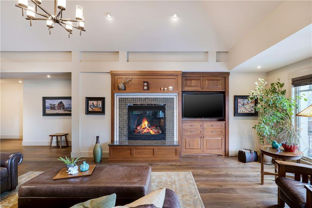 Photo 20: Photos: 85 Aspen Ridge Way SW in Calgary: Aspen Woods Detached for sale : MLS®# C4290867