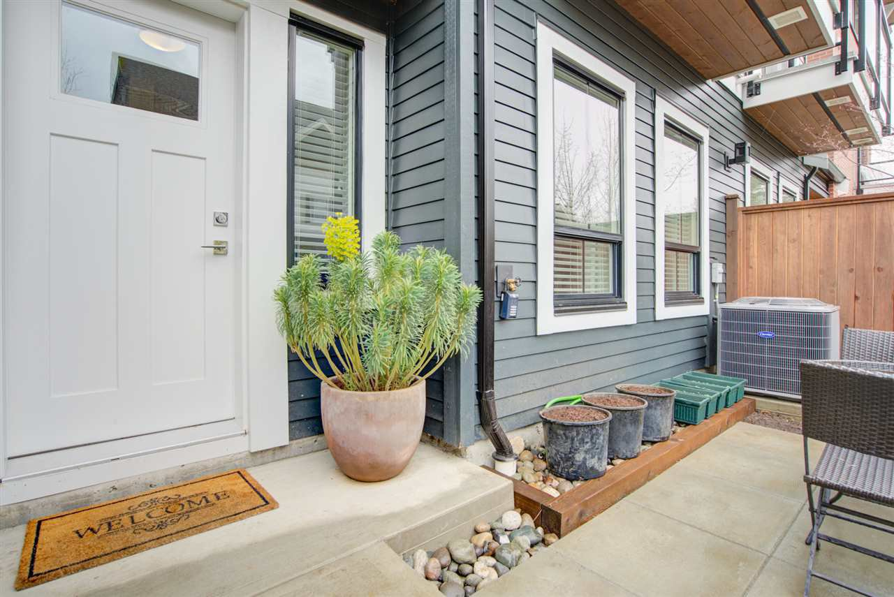 """Main Photo: 11 303 171 Street in Surrey: Pacific Douglas Townhouse for sale in """"FAIRWAYS"""" (South Surrey White Rock)  : MLS®# R2492203"""