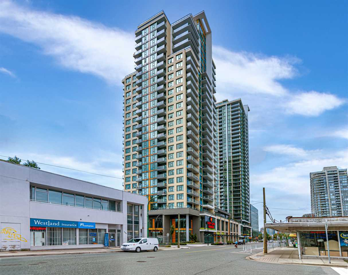 "Main Photo: 1411 7303 NOBLE Lane in Vancouver: Edmonds BE Condo for sale in ""KINGS CROSSING"" (Burnaby East)  : MLS®# R2477569"