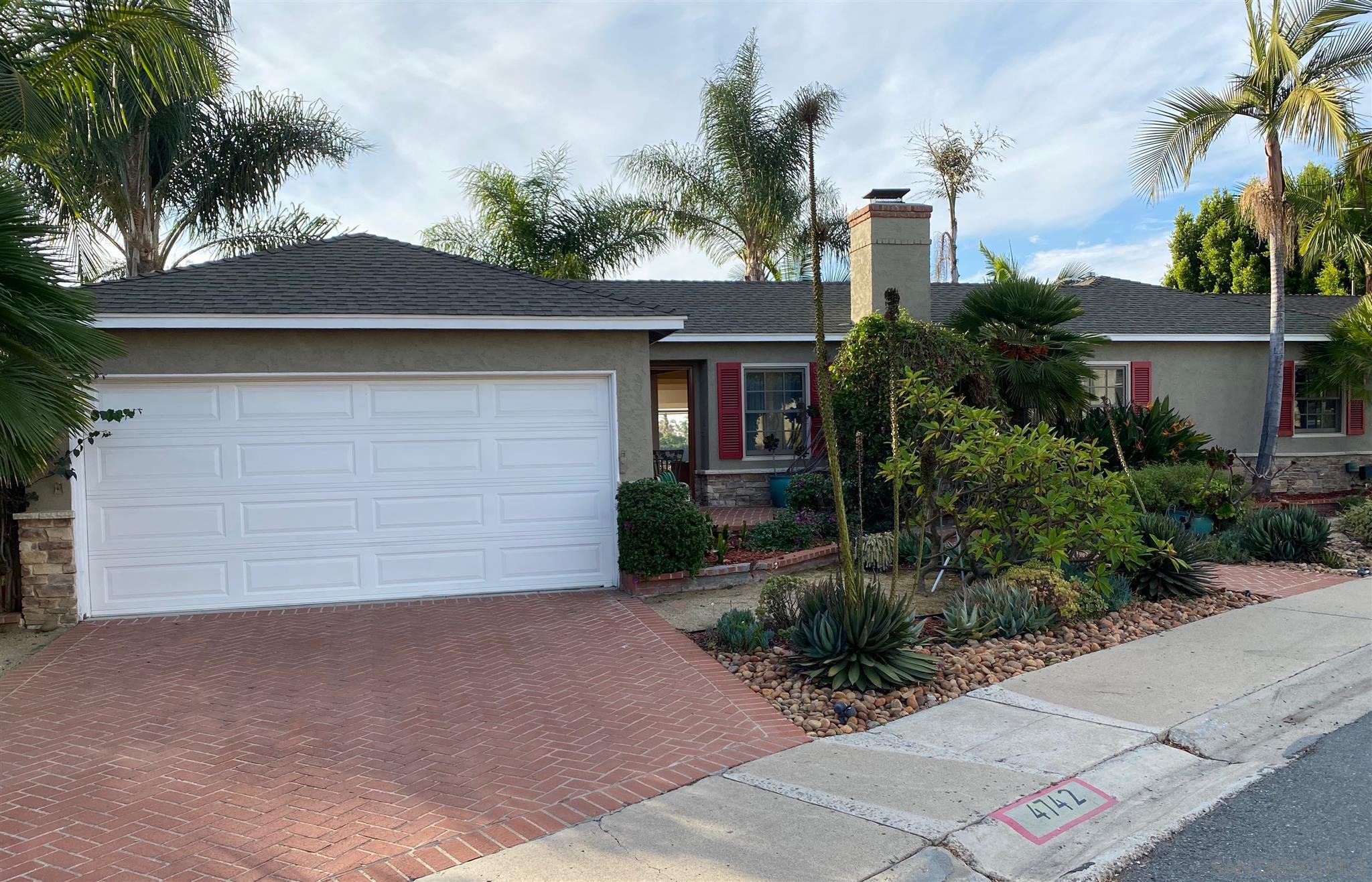 Main Photo: TALMADGE House for sale : 3 bedrooms : 4742 Lorraine Drive in San Diego