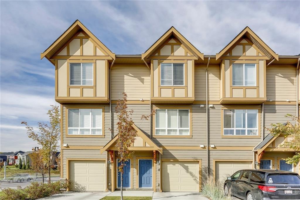 Main Photo: 7 SHERWOOD Lane NW in Calgary: Sherwood Row/Townhouse for sale : MLS®# C4285483