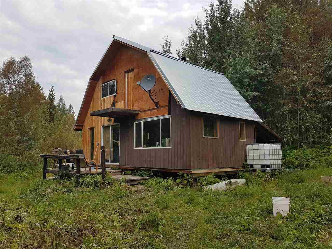 Main Photo: 7615 READ Road in Valemount: Valemount - Rural West House for sale (Robson Valley (Zone 81))  : MLS®# R2440556