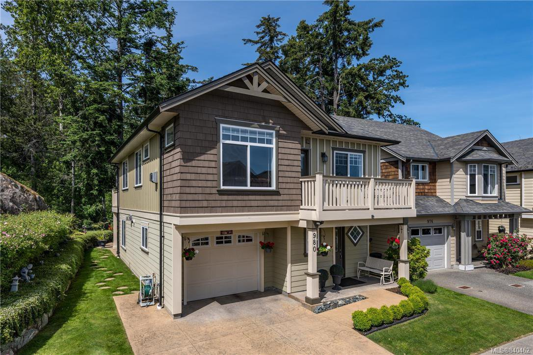 Main Photo: 980 Cavalcade Terr in Langford: La Florence Lake Single Family Detached for sale : MLS®# 840462