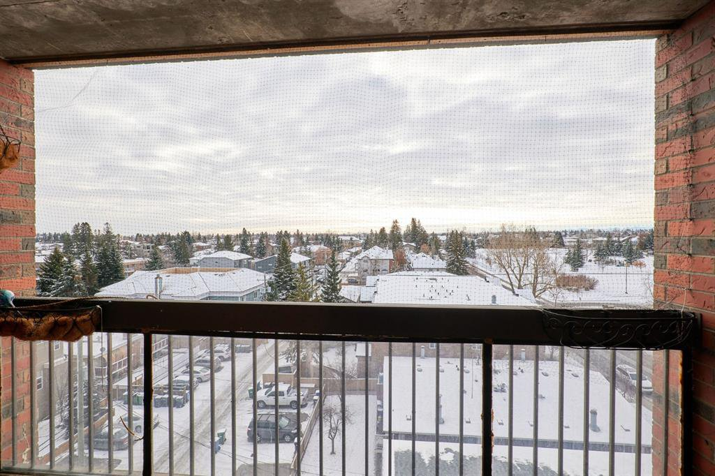 Main Photo: 703 2909 17 Avenue SW in Calgary: Killarney/Glengarry Apartment for sale : MLS®# A1056244