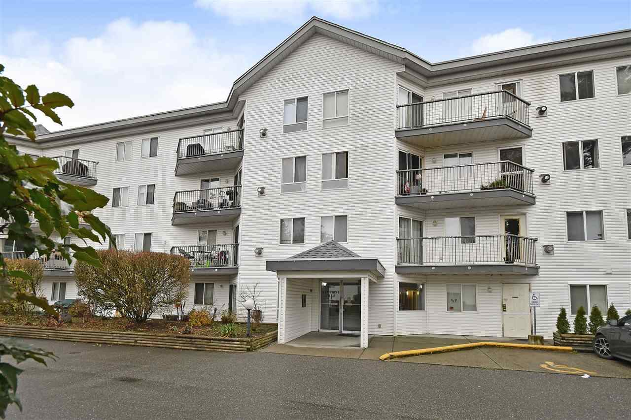 "Main Photo: 310 31831 PEARDONVILLE Road in Abbotsford: Abbotsford West Condo for sale in ""West Point Villa"" : MLS®# R2421646"