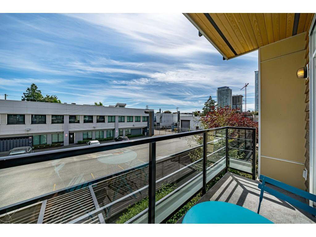 """Photo 19: Photos: 226 5248 GRIMMER Street in Burnaby: Metrotown Condo for sale in """"Metro One"""" (Burnaby South)  : MLS®# R2483485"""