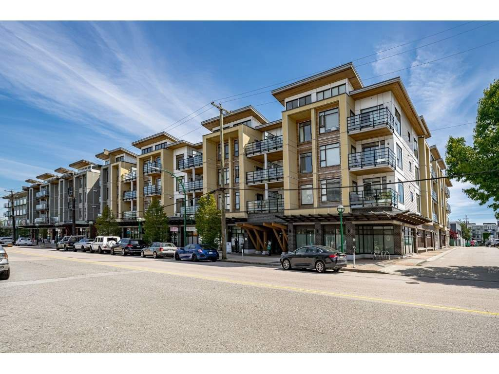 "Main Photo: 226 5248 GRIMMER Street in Burnaby: Metrotown Condo for sale in ""Metro One"" (Burnaby South)  : MLS®# R2483485"
