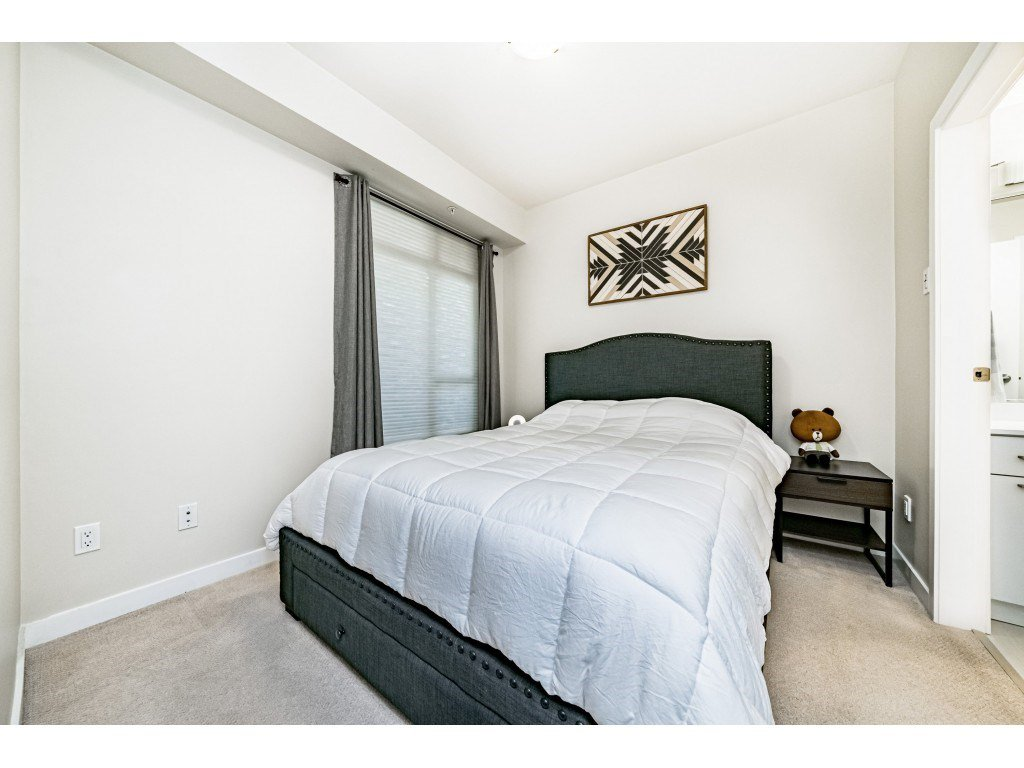 """Photo 14: Photos: 226 5248 GRIMMER Street in Burnaby: Metrotown Condo for sale in """"Metro One"""" (Burnaby South)  : MLS®# R2483485"""