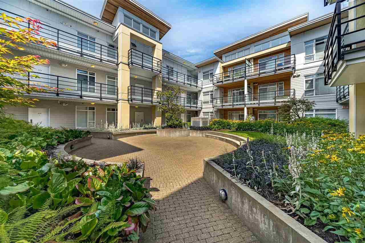 """Photo 23: Photos: 226 5248 GRIMMER Street in Burnaby: Metrotown Condo for sale in """"Metro One"""" (Burnaby South)  : MLS®# R2483485"""