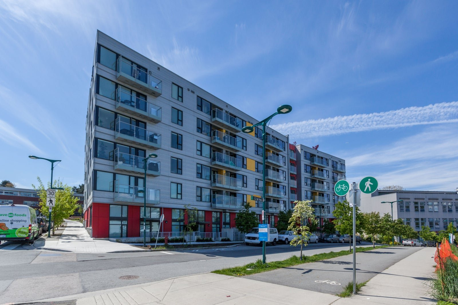 Main Photo: 318 384 E 1ST AVENUE in Vancouver East: Mount Pleasant VE Condo for sale : MLS®# R2241189
