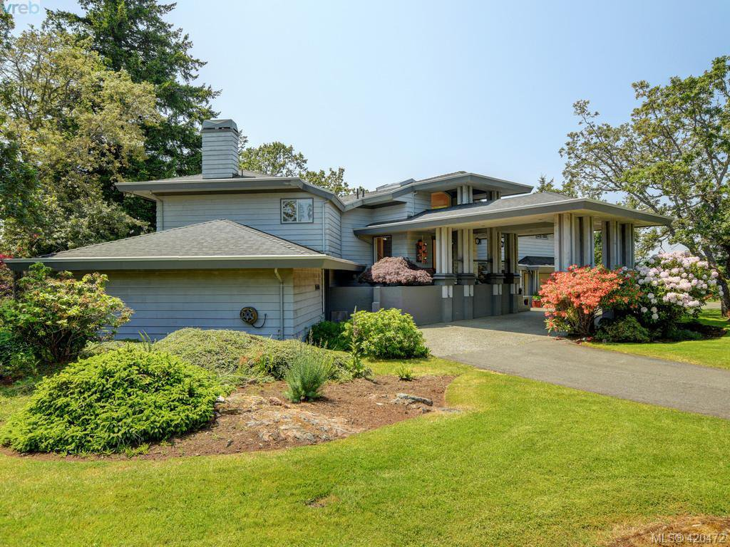 Main Photo: 4626 Boulderwood Drive in VICTORIA: SE Broadmead Single Family Detached for sale (Saanich East)  : MLS®# 420472