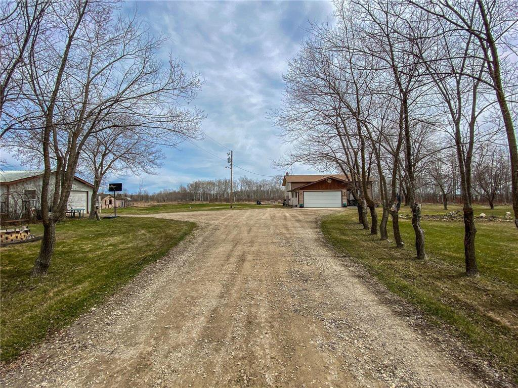 Main Photo: 31143 Rd 37E Road in Steinbach: Residential for sale (R16)  : MLS®# 202009383