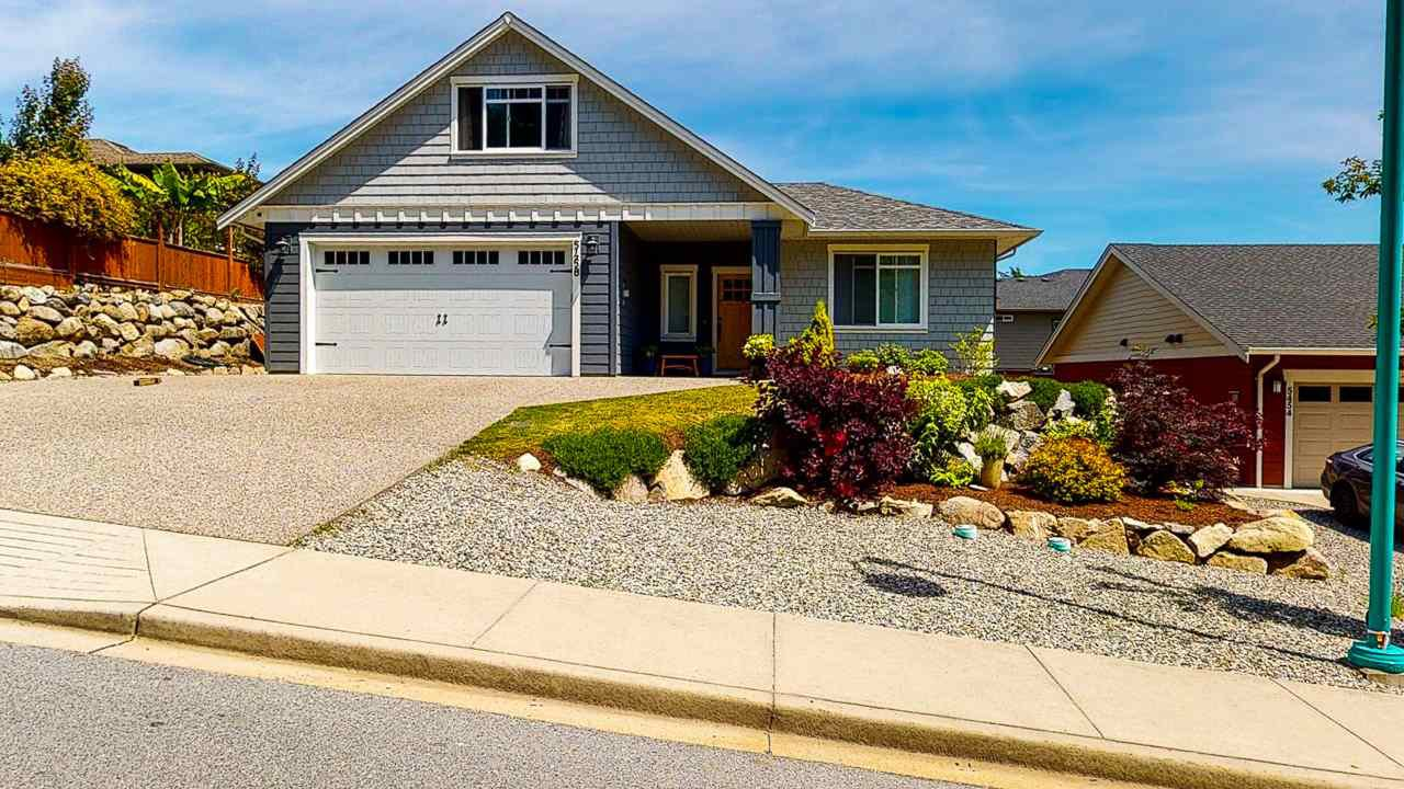 Main Photo: 5458 MCCOURT Road in Sechelt: Sechelt District House for sale (Sunshine Coast)  : MLS®# R2470637