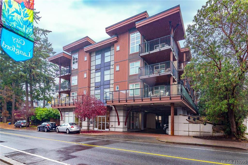 Main Photo: 404 2717 Peatt Rd in VICTORIA: La Langford Proper Condo for sale (Langford)  : MLS®# 829303