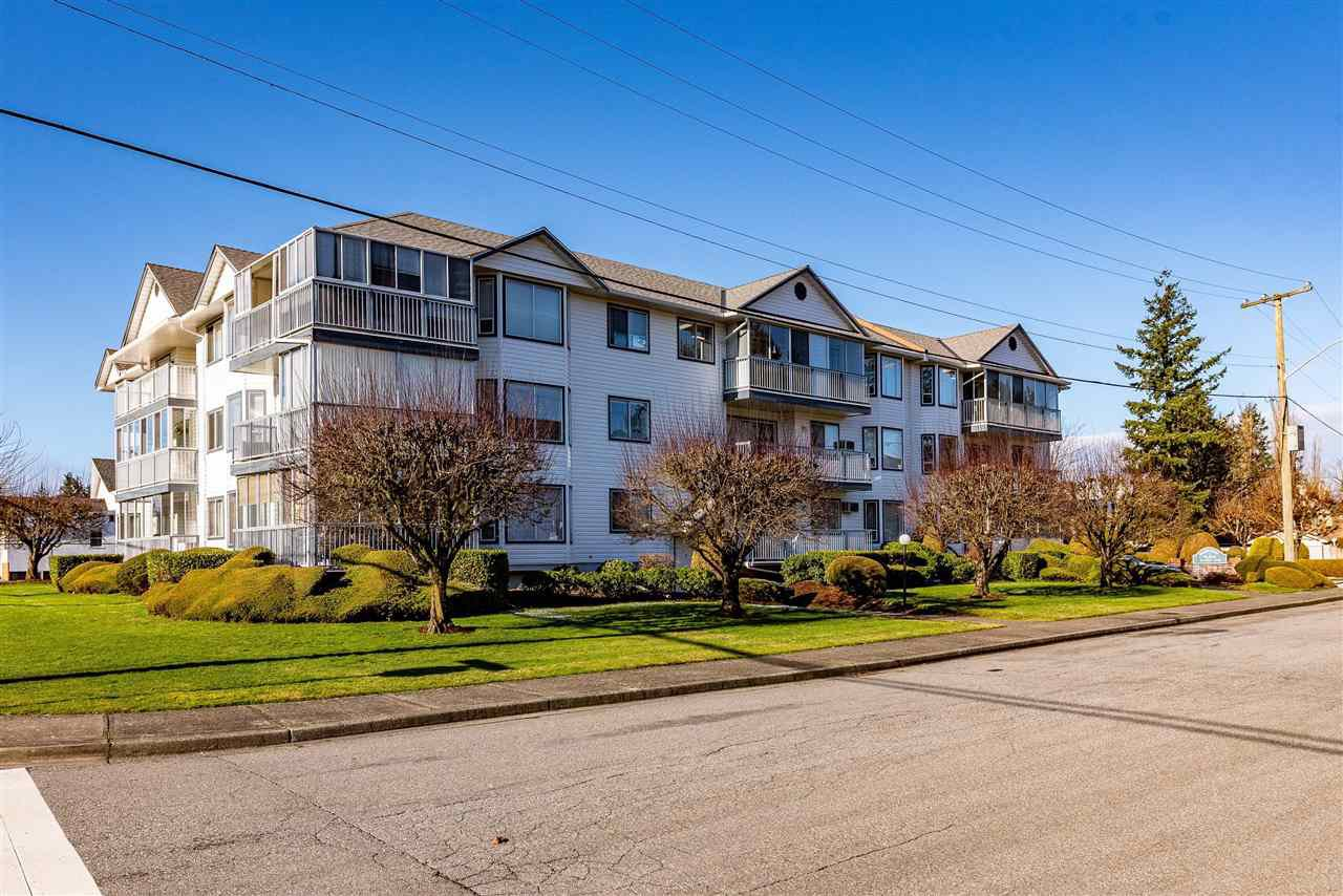 """Photo 19: Photos: 212 2425 CHURCH Street in Abbotsford: Abbotsford West Condo for sale in """"Parkview Place"""" : MLS®# R2433645"""