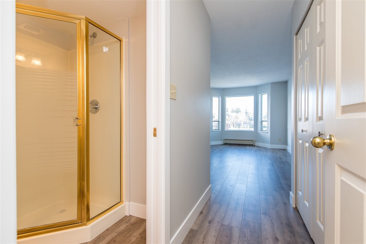 """Photo 13: Photos: 212 2425 CHURCH Street in Abbotsford: Abbotsford West Condo for sale in """"Parkview Place"""" : MLS®# R2433645"""
