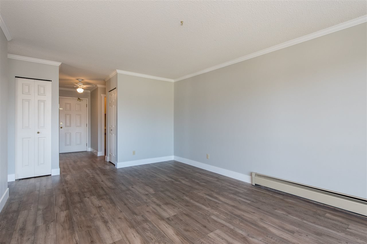 """Photo 6: Photos: 212 2425 CHURCH Street in Abbotsford: Abbotsford West Condo for sale in """"Parkview Place"""" : MLS®# R2433645"""