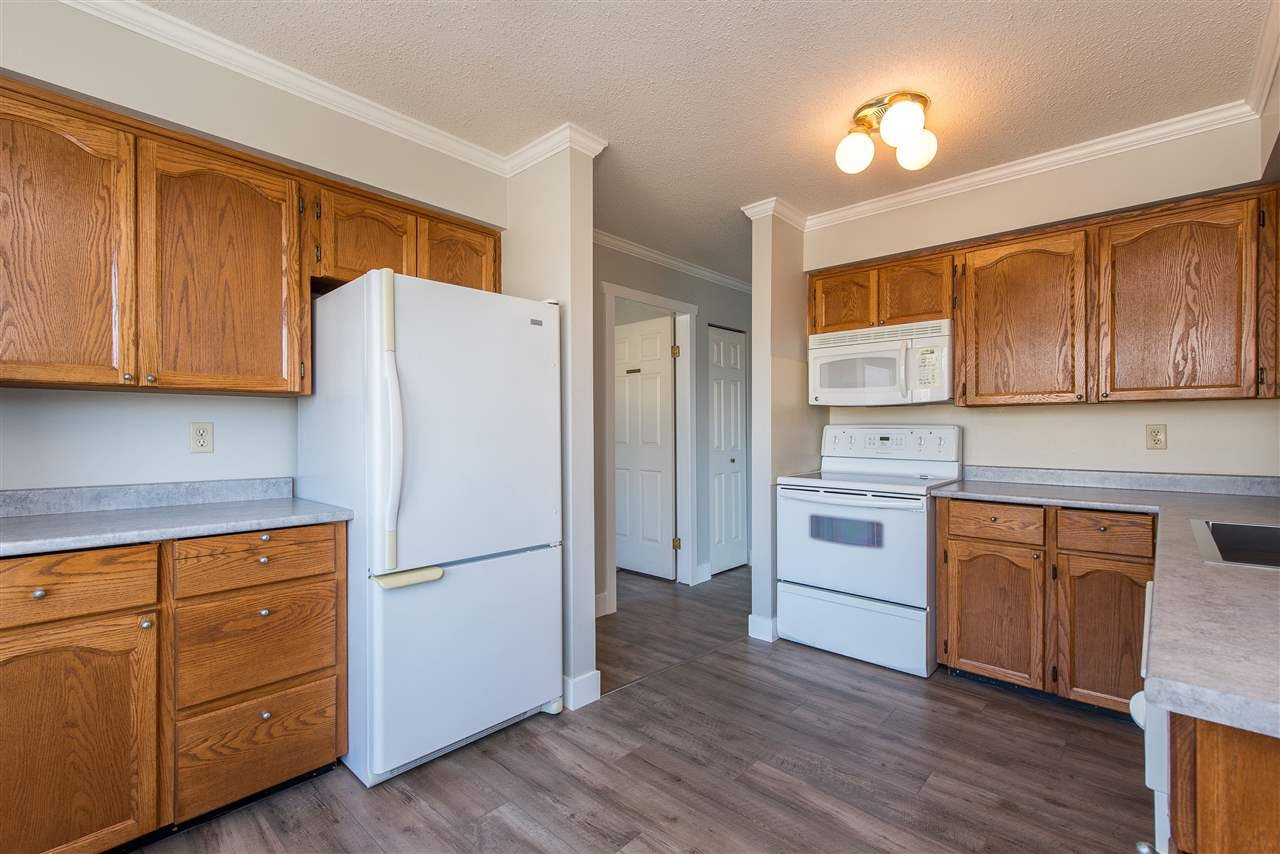 """Photo 10: Photos: 212 2425 CHURCH Street in Abbotsford: Abbotsford West Condo for sale in """"Parkview Place"""" : MLS®# R2433645"""