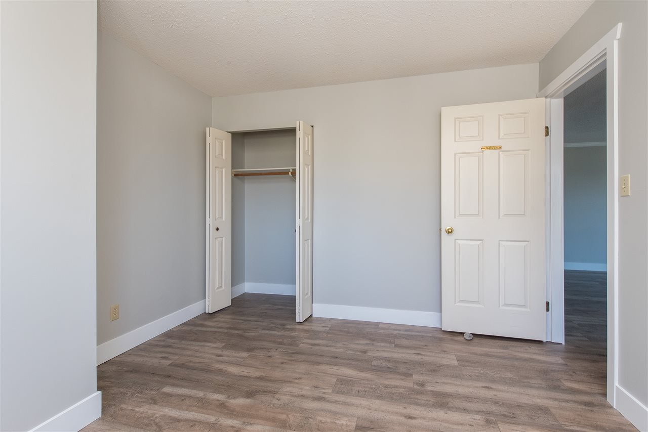 """Photo 15: Photos: 212 2425 CHURCH Street in Abbotsford: Abbotsford West Condo for sale in """"Parkview Place"""" : MLS®# R2433645"""