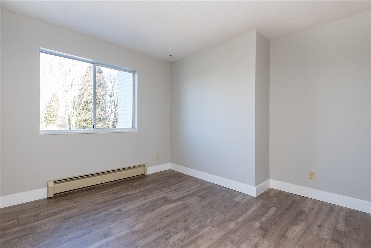 """Photo 14: Photos: 212 2425 CHURCH Street in Abbotsford: Abbotsford West Condo for sale in """"Parkview Place"""" : MLS®# R2433645"""