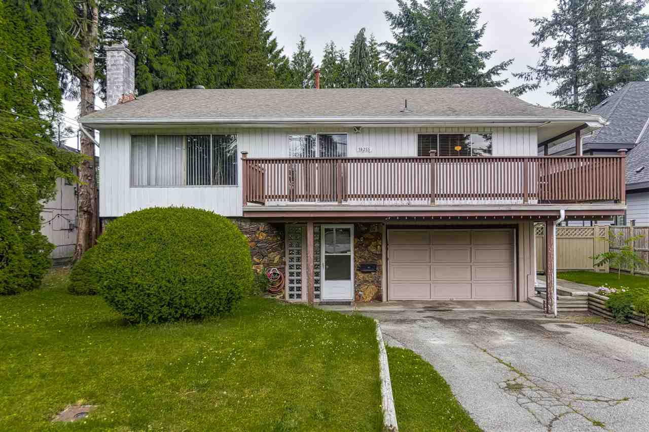 Main Photo: 14255 KINDERSLEY Drive in Surrey: Bolivar Heights House for sale (North Surrey)  : MLS®# R2478300