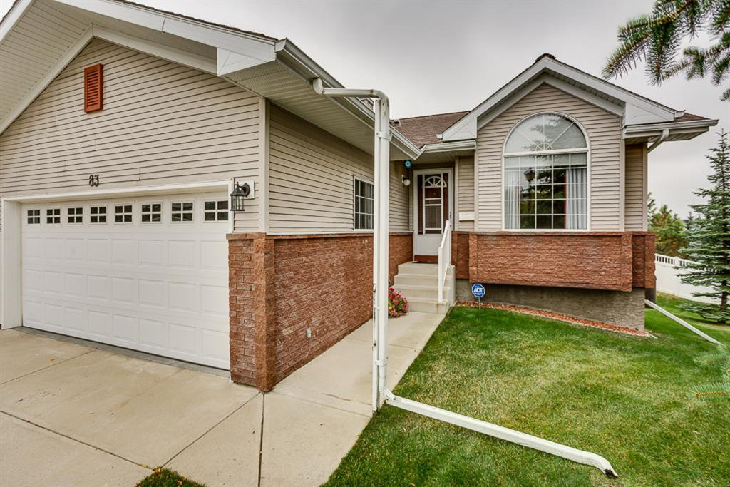 Main Photo: 83 SCOTIA Landing NW in Calgary: Scenic Acres Semi Detached for sale : MLS®# A1033910
