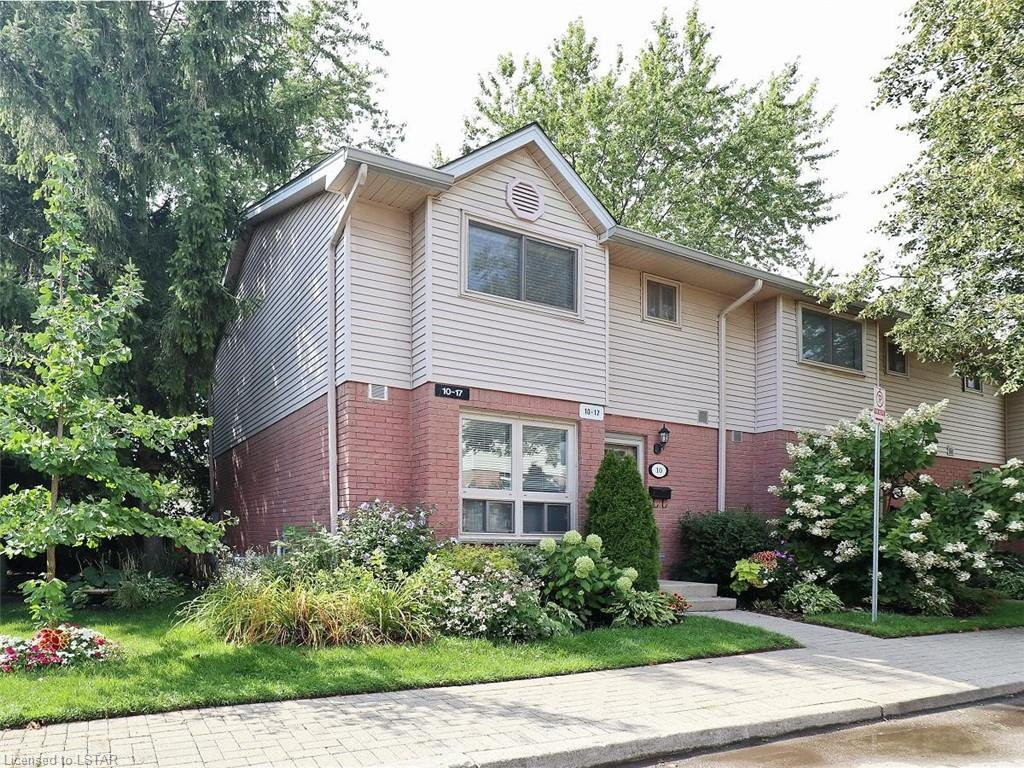 Main Photo: 10 35 WATERMAN Avenue in London: South R Residential for sale (South)  : MLS®# 220905