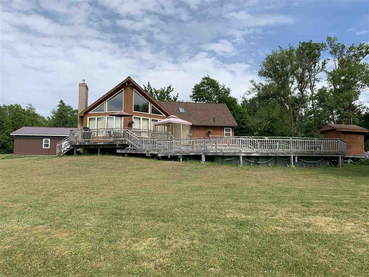 Main Photo: 6061 Pictou Landing Road in Pictou Landing: 108-Rural Pictou County Residential for sale (Northern Region)  : MLS®# 202011575