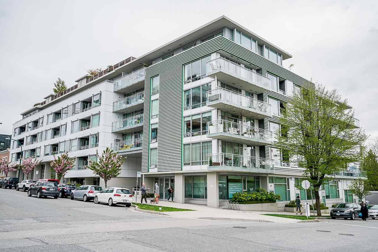 "Main Photo: 320 289 E 6TH Avenue in Vancouver: Mount Pleasant VE Condo for sale in ""SHINE"" (Vancouver East)  : MLS®# R2452303"