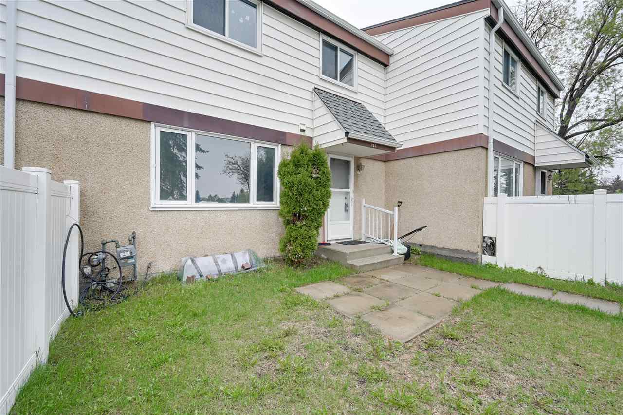 Main Photo: 17E TWIN Terrace in Edmonton: Zone 29 Townhouse for sale : MLS®# E4198296