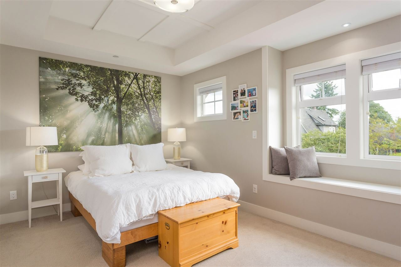 Photo 11: Photos: 1751 E 2ND Avenue in Vancouver: Grandview Woodland 1/2 Duplex for sale (Vancouver East)  : MLS®# R2463595