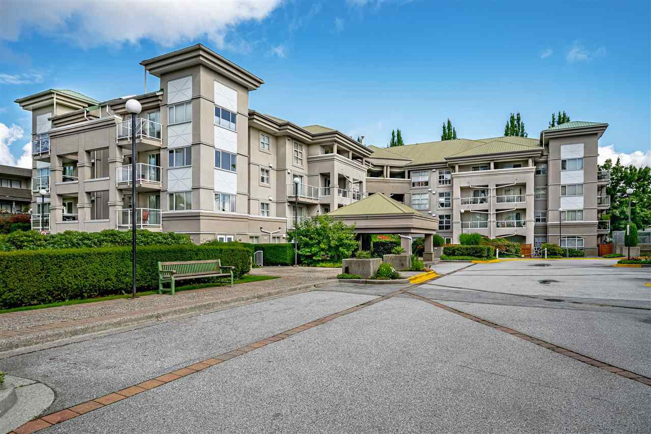 "Main Photo: 312 10533 UNIVERSITY Drive in Surrey: Whalley Condo for sale in ""Parkview Court"" (North Surrey)  : MLS®# R2472287"