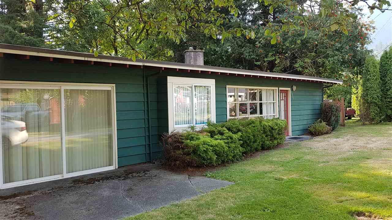 "Main Photo: 1858 CAROL Road: Lindell Beach House for sale in ""Lindel Beach"" (Cultus Lake)  : MLS®# R2483951"