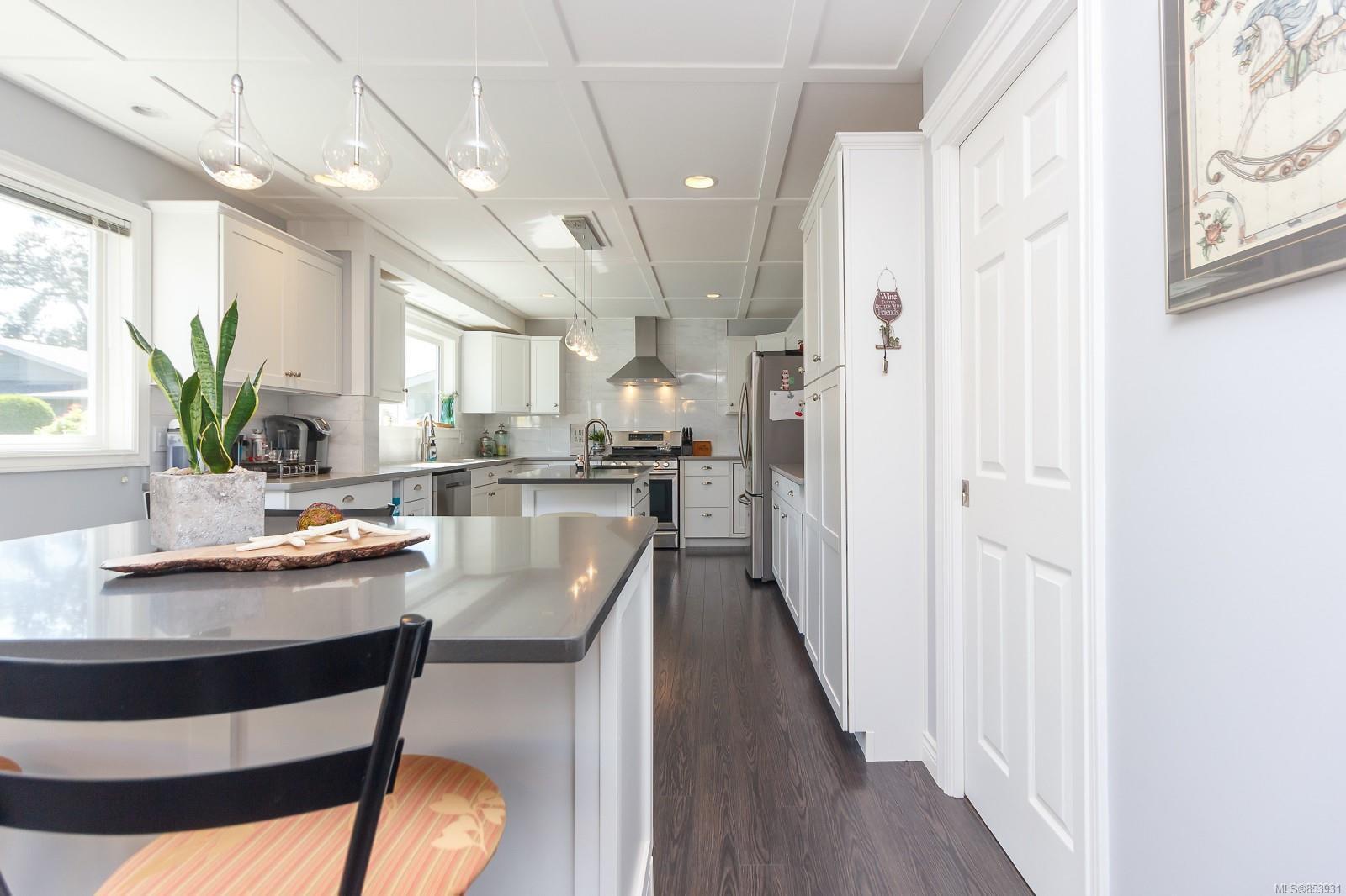 Photo 10: Photos: 2456 Timbercrest Dr in : Du East Duncan House for sale (Duncan)  : MLS®# 853931