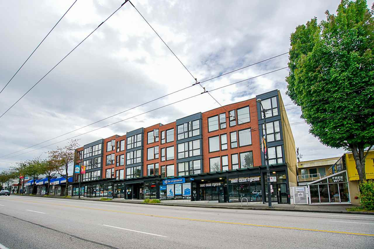"Main Photo: 212 2636 HASTINGS Street in Vancouver: Renfrew VE Condo for sale in ""SUGAR"" (Vancouver East)  : MLS®# R2505673"