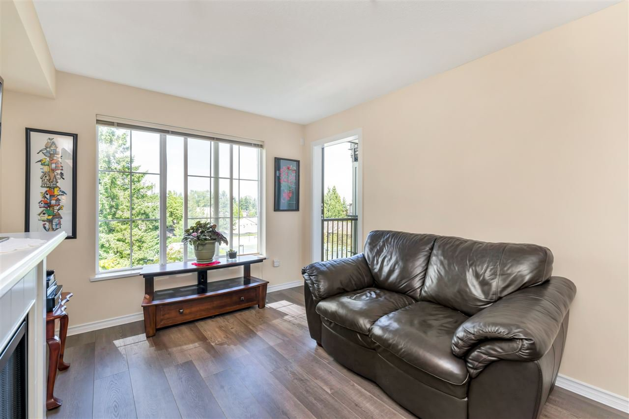 "Main Photo: 307 14877 100 Avenue in Surrey: Guildford Condo for sale in ""CHATSWORTH GARDENS"" (North Surrey)  : MLS®# R2506309"