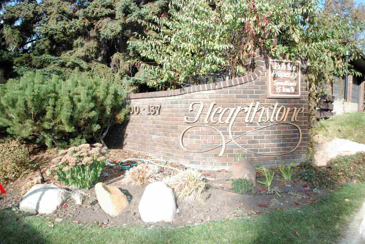 Main Photo: 155 HEARTHSTONE NW in Edmonton: Zone 14 Townhouse for sale : MLS®# E4219189