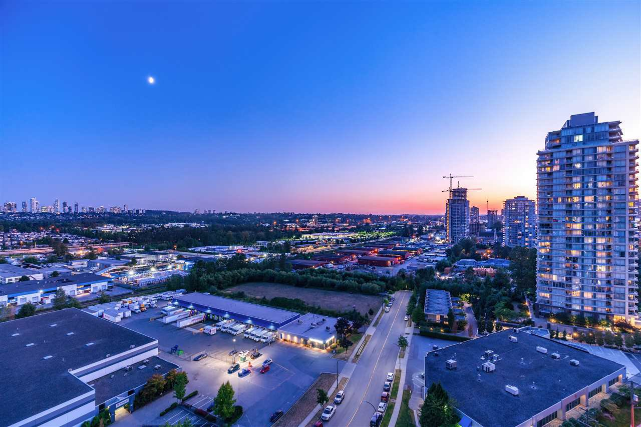 Main Photo: 1703 2232 DOUGLAS Road in Burnaby: Brentwood Park Condo for sale (Burnaby North)  : MLS®# R2428510