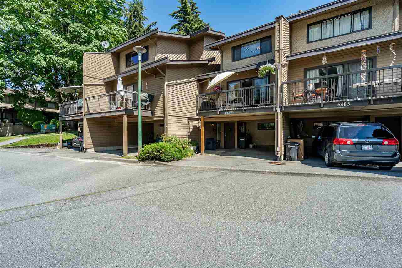 Main Photo: 6879 BROMLEY Court in Burnaby: Montecito Townhouse for sale (Burnaby North)  : MLS®# R2463043