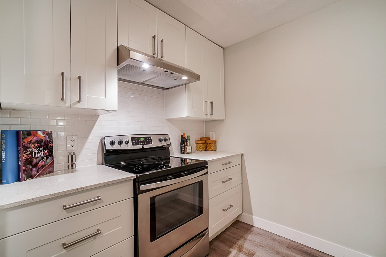Main Photo: 207 1738 FRANCES STREET in Vancouver: Hastings Condo for sale (Vancouver East)  : MLS®# R2490541